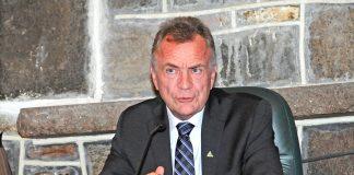 Deux-Montagnes says 'no' to moratorium on REM train work